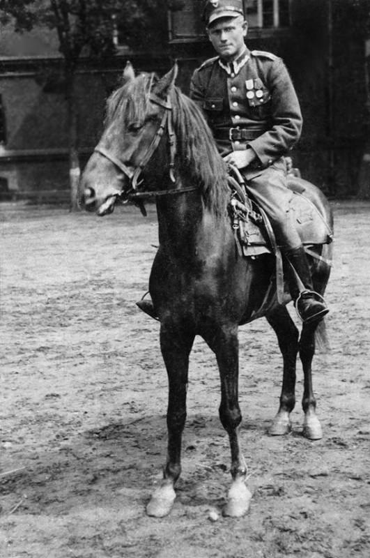 Tato i jego wojenny koń